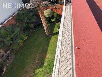 NEX-54895 - Casa en Renta, con 6 recamaras, con 3 baños, con 1 medio baño, con 496 m2 de construcción en Del Carmen, CP 04100, Ciudad de México.