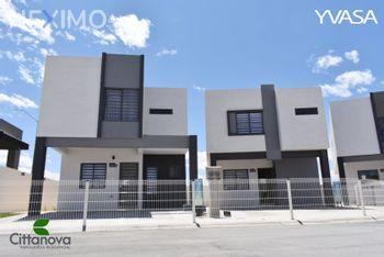 NEX-55941 - Casa en Venta, con 3 recamaras, con 2 baños, con 1 medio baño, con 115 m2 de construcción en Romanzza, CP 31313, Chihuahua.
