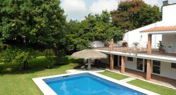 NEX-23665 - Casa en Venta en Burgos, CP 62584, Morelos, con 6 recamaras, con 6 baños, con 750 m2 de construcción.