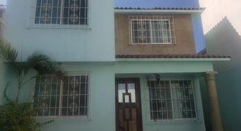 NEX-25272 - Casa en Renta en Los Presidentes, CP 62583, Morelos, con 3 recamaras, con 2 baños, con 1 medio baño, con 117 m2 de construcción.