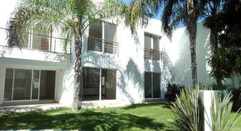 NEX-27435 - Casa en Venta en Amatitlán, CP 62410, Morelos, con 4 recamaras, con 3 baños, con 240 m2 de construcción.