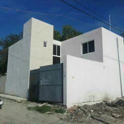 NEX-32367 - Casa en Venta en 3 de Mayo, CP 62763, Morelos, con 4 recamaras, con 3 baños, con 133 m2 de construcción.