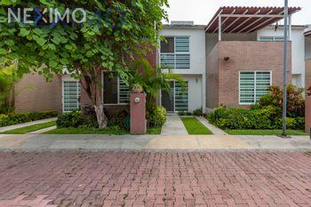 NEX-44379 - Casa en Venta, con 3 recamaras, con 3 baños, con 94 m2 de construcción en Villas del Portezuelo, CP 62767, Morelos.