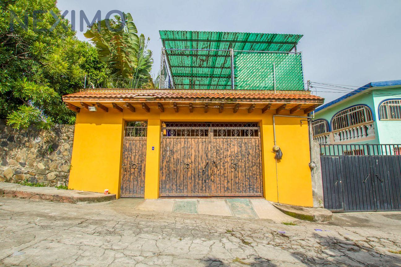 Hermosa Casa Sola en Venta en la Col 3 de Mayo a Tratar $1,700,000