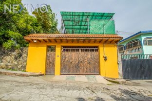 NEX-864 - Casa en Venta, con 3 recamaras, con 3 baños, con 1 medio baño, con 147 m2 de construcción en 3 de Mayo, CP 62763, Morelos.