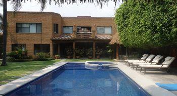 NEX-10034 - Casa en Venta en Sumiya, CP 62563, Morelos, con 4 recamaras, con 4 baños, con 1 medio baño, con 435 m2 de construcción.
