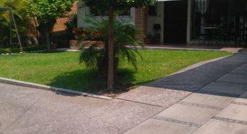 NEX-1251 - Casa en Venta en Alta Vista, CP 62010, Morelos, con 5 recamaras, con 4 baños, con 397 m2 de construcción.