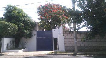 NEX-1274 - Casa en Renta en Chapultepec, CP 62450, Morelos, con 6 recamaras, con 4 baños, con 493 m2 de construcción.