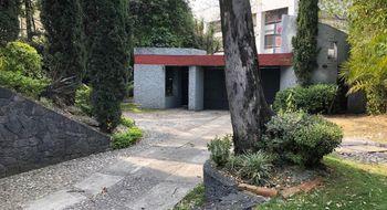 NEX-12780 - Casa en Venta en Bosque de las Lomas, CP 11700, Ciudad de México, con 4 recamaras, con 4 baños, con 1 medio baño, con 501 m2 de construcción.