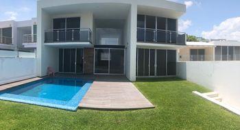 NEX-12819 - Casa en Venta en Burgos Bugambilias, CP 62584, Morelos, con 4 recamaras, con 4 baños, con 1 medio baño, con 480 m2 de construcción.