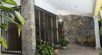 NEX-1591 - Casa en Venta en Hacienda Tetela, CP 62160, Morelos, con 4 recamaras, con 3 baños, con 1 medio baño, con 383 m2 de construcción.
