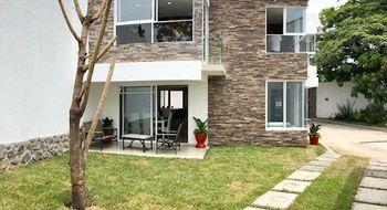 NEX-17440 - Casa en Venta en Centro Jiutepec, CP 62550, Morelos, con 3 recamaras, con 2 baños, con 1 medio baño, con 120 m2 de construcción.
