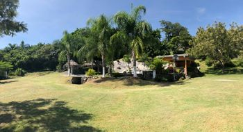NEX-26213 - Rancho en Venta en Alpuyeca, CP 62790, Morelos, con 4 recamaras, con 4 baños, con 442 m2 de construcción.