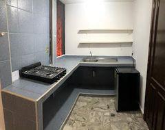 NEX-35324 - Departamento en Renta en Cuernavaca Centro, CP 62000, Morelos, con 1 recamara, con 1 baño, con 40 m2 de construcción.