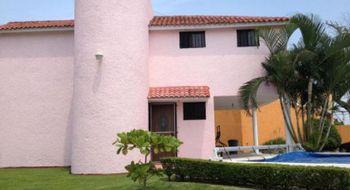 NEX-5028 - Casa en Renta en Las Ánimas, CP 62583, Morelos, con 3 recamaras, con 2 baños, con 1 medio baño, con 381 m2 de construcción.
