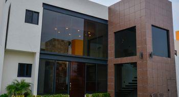 NEX-8925 - Casa en Venta en Sumiya, CP 62563, Morelos, con 3 recamaras, con 3 baños, con 185 m2 de construcción.