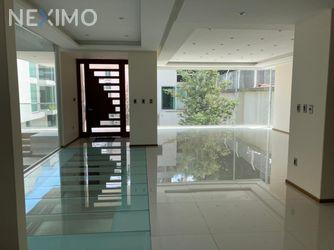 NEX-55445 - Casa en Venta, con 5 recamaras, con 6 baños, con 3 medio baños, con 616 m2 de construcción en La Concepción, CP 04020, Ciudad de México.