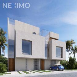 NEX-54374 - Casa en Venta, con 3 recamaras, con 3 baños, con 1 medio baño, con 198 m2 de construcción en Arbolada, CP 77533, Quintana Roo.