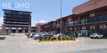 NEX-55672 - Local en Venta, con 24845 m2 de construcción en Residencial el Refugio, CP 76146, Querétaro.