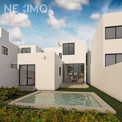 NEX-55819 - Casa en Venta, con 2 recamaras, con 2 baños, con 5 medio baños, con 110 m2 de construcción en Conkal, CP 97345, Yucatán.
