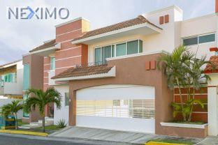 NEX-1620 - Casa en Venta, con 3 recamaras, con 2 baños, con 1 medio baño, con 375 m2 de construcción en Antón Lizardo, CP 95269, Veracruz de Ignacio de la Llave.