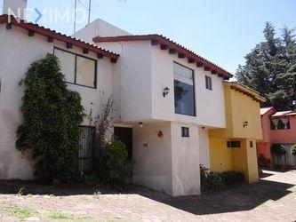 NEX-7013 - Casa en Renta en Contadero, CP 05500, Ciudad de México, con 3 recamaras, con 3 baños, con 1 medio baño, con 170 m2 de construcción.