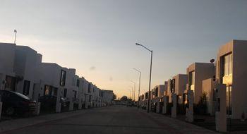 NEX-25452 - Casa en Renta en El Romeral, CP 76915, Querétaro, con 3 recamaras, con 3 baños, con 118 m2 de construcción.