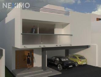 NEX-1137 - Casa en Venta, con 3 recamaras, con 3 baños, con 303 m2 de construcción en La Loma, CP 78410, San Luis Potosí.