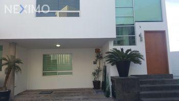 NEX-26617 - Casa en Venta, con 4 recamaras, con 3 baños, con 1 medio baño, con 220 m2 de construcción en Lomas 3a Secc, CP 78216, San Luis Potosí.