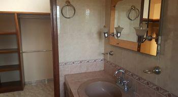 NEX-31890 - Casa en Venta en La Loma, CP 78410, San Luis Potosí, con 4 recamaras, con 3 baños, con 1 medio baño, con 285 m2 de construcción.