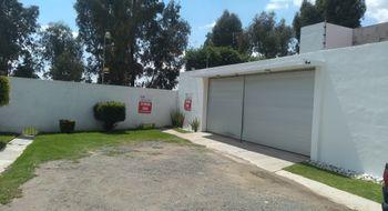NEX-17191 - Casa en Venta en Ex-Hacienda la Carcaña, CP 72777, Puebla, con 4 recamaras, con 3 baños, con 2 medio baños, con 500 m2 de construcción.