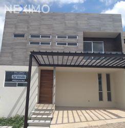 NEX-3066 - Casa en Venta, con 3 recamaras, con 3 baños, con 1 medio baño, con 225 m2 de construcción en Punta Esmeralda, CP 76906, Querétaro.