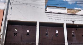 NEX-32936 - Departamento en Renta en Álamos 3a Sección, CP 76160, Querétaro, con 2 recamaras, con 1 baño, con 1 medio baño, con 65 m2 de construcción.