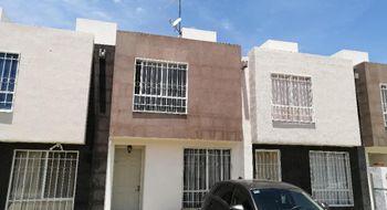 NEX-33086 - Casa en Venta en Ciudad del Sol, CP 76116, Querétaro, con 2 recamaras, con 2 baños, con 1 medio baño, con 80 m2 de construcción.