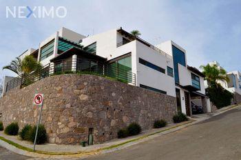 NEX-44095 - Casa en Renta, con 3 recamaras, con 3 baños, con 1 medio baño, con 313 m2 de construcción en Hacienda Real Tejeda, CP 76904, Querétaro.