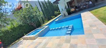 NEX-52755 - Casa en Venta, con 4 recamaras, con 6 baños, con 1 medio baño, con 600 m2 de construcción en Balvanera Polo y Country Club, CP 76915, Querétaro.