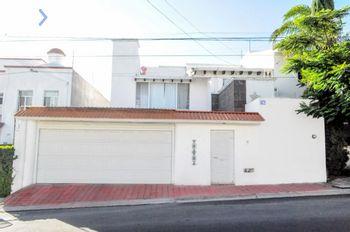 NEX-56832 - Casa en Venta, con 3 recamaras, con 3 baños, con 219 m2 de construcción en Juriquilla Privada, CP 76230, Querétaro.