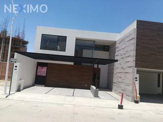 NEX-10293 - Casa en Venta, con 3 recamaras, con 3 baños, con 1 medio baño, con 211 m2 de construcción en Horizontes Residencial, CP 78216, San Luis Potosí.