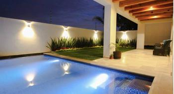 NEX-12079 - Casa en Venta en Privadas del Pedregal, CP 78295, San Luis Potosí, con 3 recamaras, con 4 baños, con 1 medio baño, con 530 m2 de construcción.