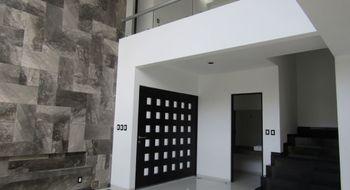 NEX-14254 - Casa en Venta en Horizontes Residencial, CP 78216, San Luis Potosí, con 3 recamaras, con 3 baños, con 2 medio baños, con 285 m2 de construcción.
