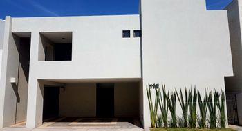 NEX-18794 - Casa en Renta en La Loma, CP 78218, San Luis Potosí, con 3 recamaras, con 2 baños, con 1 medio baño, con 220 m2 de construcción.