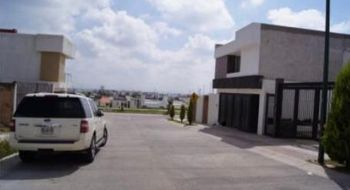 NEX-19589 - Casa en Venta en Villa Magna, CP 78183, San Luis Potosí, con 3 recamaras, con 2 baños, con 1 medio baño, con 192 m2 de construcción.