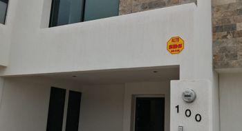 NEX-21258 - Casa en Renta en Olinda, CP 78421, San Luis Potosí, con 3 recamaras, con 1 baño, con 1 medio baño, con 215 m2 de construcción.