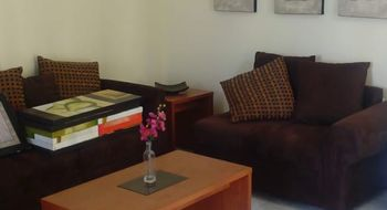 NEX-25020 - Casa en Renta en Lomas Cuarta Sección, CP 78216, San Luis Potosí, con 4 recamaras, con 3 baños, con 1 medio baño, con 200 m2 de construcción.