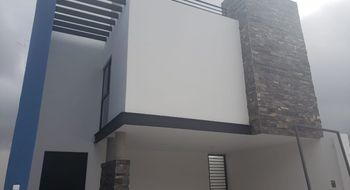 NEX-25607 - Casa en Venta en Villa Magna, CP 78183, San Luis Potosí, con 3 recamaras, con 3 baños, con 2 medio baños, con 194 m2 de construcción.
