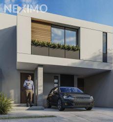 NEX-27107 - Casa en Venta, con 3 recamaras, con 2 baños, con 1 medio baño, con 208 m2 de construcción en Horizontes Residencial, CP 78216, San Luis Potosí.