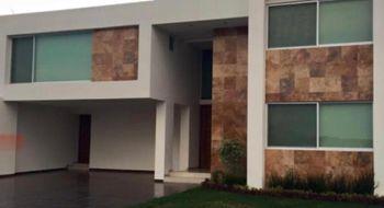 NEX-27205 - Casa en Venta en Alquerías de Pozos, CP 78397, San Luis Potosí, con 3 recamaras, con 4 baños, con 2 medio baños, con 443 m2 de construcción.