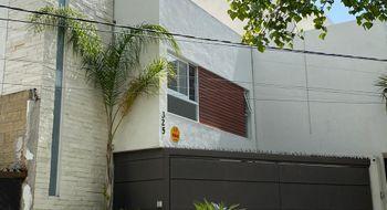 NEX-32991 - Casa en Venta en Lomas 3a Secc, CP 78216, San Luis Potosí, con 3 recamaras, con 2 baños, con 1 medio baño, con 184 m2 de construcción.