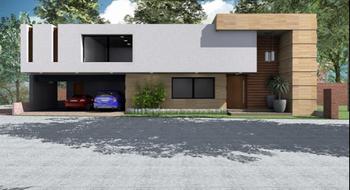 NEX-28866 - Casa en Venta en Club de Golf la Loma, CP 78215, San Luis Potosí, con 3 recamaras, con 3 baños, con 2 medio baños, con 470 m2 de construcción.