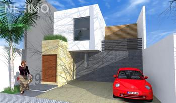 NEX-28992 - Casa en Venta, con 3 recamaras, con 2 baños, con 1 medio baño, con 191 m2 de construcción en Horizontes Residencial, CP 78216, San Luis Potosí.